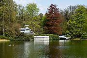 APELDOORN, 09-06-2021 , Kroondomein Het Loo<br /> <br /> Kroondomein Het Loo is een landgoed op de Veluwe, in de Nederlandse provincie Gelderland. Het is het grootste landgoed van Nederland en omvat ongeveer 10.400 hectare.<br /> <br /> Op de foto:  Badtent