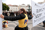 In the day of the general strike supported by all Portuguese unions against severe budget cuts, several demonstrations took place in Lisbon