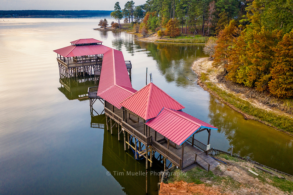 Wildwood Resort, located at 129 Wildwood Drive, on Toledo Bend Lake near Zwolle, LA, offers lodging and facilities to host your special event. family reunion, business meeting or wedding.