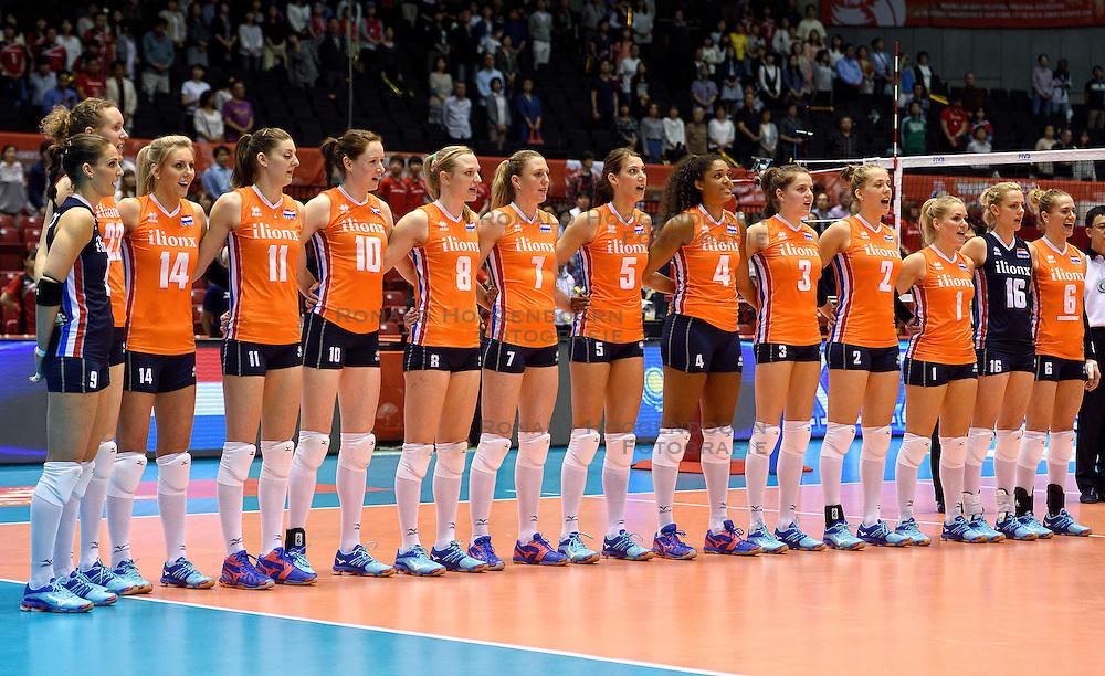 14-05-2016 JAP: OKT Kazachstan - Nederland, Tokio<br /> De Nederlandse volleybalsters hebben op het OKT in Tokio met een 3-1 (25-12, 21-25, 25-14, 25-8) zege op Kazachstan een eerste stap richting een olympisch ticket gezet. / Line up Nederlands team