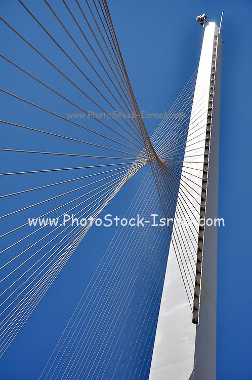 Israel, Jerusalem, String Bridge (Chord Bridge) a Suspension bridge at the entrance to the city designed by Santiago Calatrava