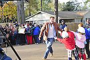 move the bus day...Extreme MakeOver Home Edition. Hattiesburg Mississippi December 5, 2009.Photo©Suzi Altman/Suzisnaps.com