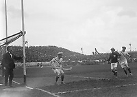 H879<br /> Aonach Tailteann Athletics - Croke Park. Hurling America v Ireland. 16/8/28 (Part of the Independent Newspapers Ireland/NLI Collection)