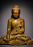 France, Paris (75), Musée Guimet, Bouddha Maravijaya, Birmanie, 19e siecle // France, Paris, Guimet museum, Maravijaya Buddha, Burma, 19th century