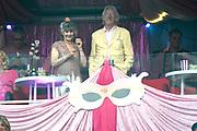 Toppers -  Circus Edition in de Johan Cruijff ArenA. De dresscode tijdens de veertiende editie van het meezingfeest met de Toppers was pretty in pink. <br /> <br /> Op de foto: Freek de Jonge en partner Hella