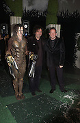 "SAM ARCHER, TIM BURTON AND MATTHEW BOURNE, World Premiere of the theatrical production of ""Edward Scissorhands"" at Sadler's Wells Theatre in London. 30 November 2005. ONE TIME USE ONLY - DO NOT ARCHIVE  © Copyright Photograph by Dafydd Jones 66 Stockwell Park Rd. London SW9 0DA Tel 020 7733 0108 www.dafjones.com"