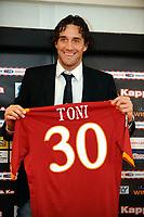 Fotball<br /> Italia<br /> Foto: Inside/Digitalsport<br /> NORWAY ONLY<br /> <br /> 02.01.2010<br /> <br /> Luca Toni er klar for Roma