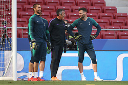 01.06.2019, Wanda Metropolitano, Madrid, ESP, UEFA CL, Tottenham Hotspur vs FC Liverpool, Finale, im Bild Spurs Goalkeeping Coach Toni Jimenez talks to Hugo Lloris of Tottenham Hotspur // Spurs Goalkeeping Coach Toni Jimenez talks to Hugo Lloris of Tottenham Hotspur during Training before the the UEFA Champions League Final Match between Tottenham Hotspur and FC Liverpool at the Wanda Metropolitano in Madrid, Spain on 2019/06/01. EXPA Pictures © 2019, PhotoCredit: EXPA/ Focus Images/ Paul Chesterton<br /> <br /> *****ATTENTION - for AUT, GER, FRA, ITA, SUI, POL, CRO, SLO only*****