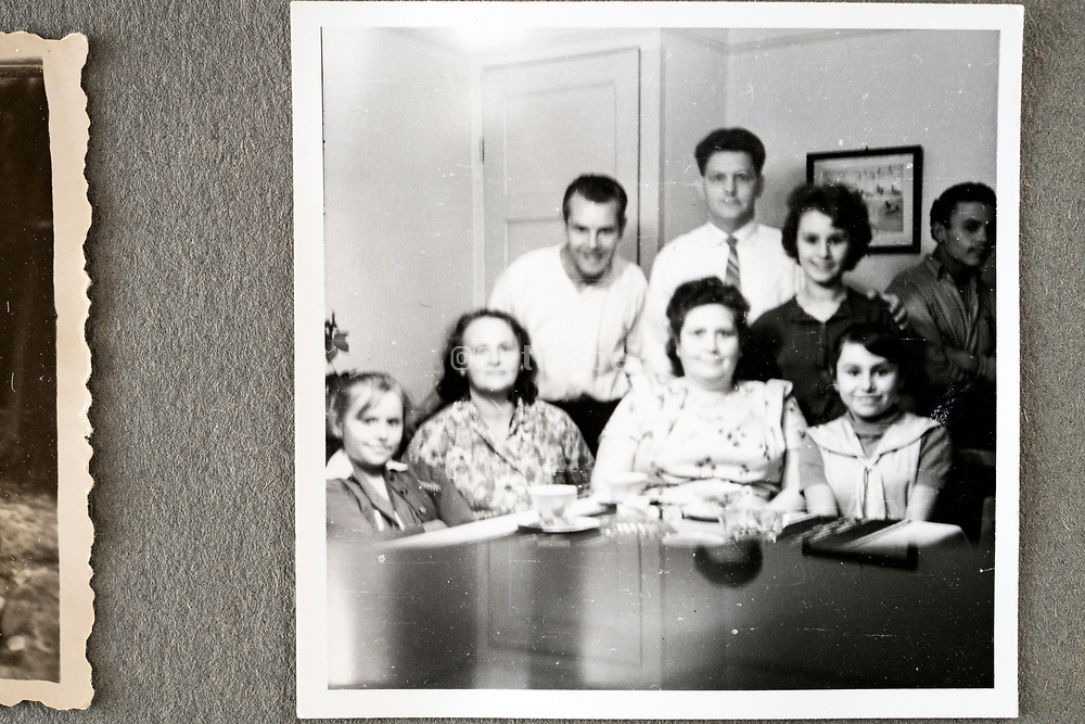 happy family group picture indoors ca 1960s Holland
