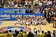 Descrizione: Beko Supercoppa 2015 Finale Grissin Bon Reggio Emilia - Olimpia EA7 Emporio Armani Milano<br /> GIOCATORE: Grissin Bon Reggio Emilia<br /> CATEGORIA: Premiazione<br /> SQUADRA: Grissin Bon Reggio Emilia<br /> EVENTO: Beko Supercoppa 2015<br /> GARA: Grissin Bon Reggio Emilia - Olimpia EA7 Emporio Armani Milano<br /> DATA: 27/09/2015<br /> SPORT: Pallacanestro<br /> AUTORE: Agenzia Ciamillo-Castoria/GiulioCiamillo