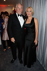 SIMON KELNER and GILLIAN ANDERSON at the GQ Men of The Year Awards 2013 in association with Hugo Boss held at the Royal Opera House, London on 3rd September 2013.