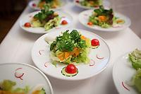 SCHWEIZ - AETINGEN - Vorspeisenteller mit einem gemischten Salat - 17. September 2016 © Raphael Hünerfauth - http://huenerfauth.ch