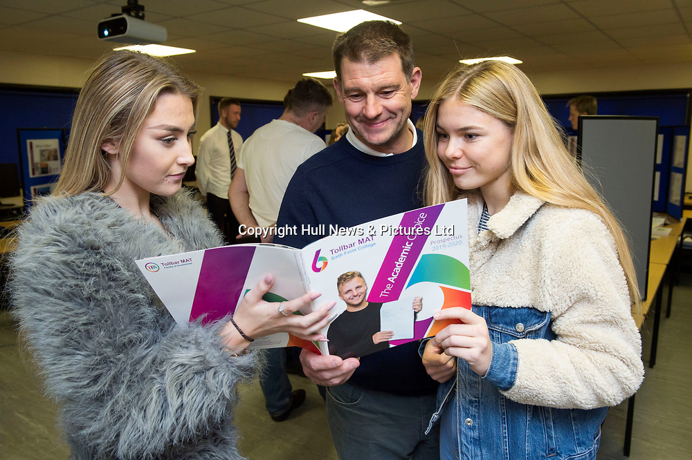27 September 2018: Tollbar MAT Sixth Form College Open Evening.<br /> Picture: Sean Spencer/Hull News & Pictures Ltd<br /> 01482 210267/07976 433960<br /> www.hullnews.co.uk         sean@hullnews.co.uk