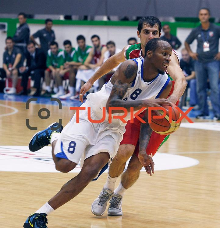 Anadolu Efes's Terence KINSEY (F) during their Turkey Cup Qualifying basketball second match Anadolu Efes between Pinar Karsiyaka at Aliaga Arena in Izmir, Turkey, Monday, October 10, 2011. Photo by TURKPIX