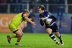 Jack Wilson of Bath Rugby takes on the Leicester Tigers defence - Mandatory byline: Patrick Khachfe/JMP - 07966 386802 - 04/11/2016 - RUGBY UNION - The Recreation Ground - Bath, England - Bath Rugby v Leicester Tigers - Anglo-Welsh Cup.