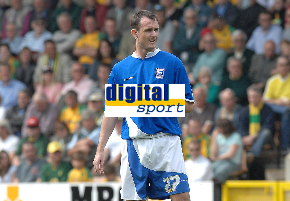 Photo: Ashley Pickering.<br /> Norwich City v Ipswich Town. Coca Cola Championship. 22/04/2007.<br /> Francis Jeffers of Ipswich plays in his 'lucky shirt' which was ripped in the win against Derby the week before
