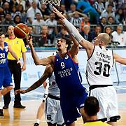 Anadolu Efes's Dario Saric (C) during their Turkish Basketball Spor Toto Super League match Besiktas between Anadolu Efes at the Abdi ipekci arena in Istanbul, Turkey, Saturday 14, November 2015. Photo by Aykut AKICI/TURKPIX