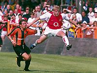 Fotball<br /> England 2004/05<br /> Treningskamp<br /> Barnet v Arsenal<br /> 17. juli 2004<br /> Foto: Digitalsport<br /> NORWAY ONLY<br /> Frankie Simek (Arsenal)