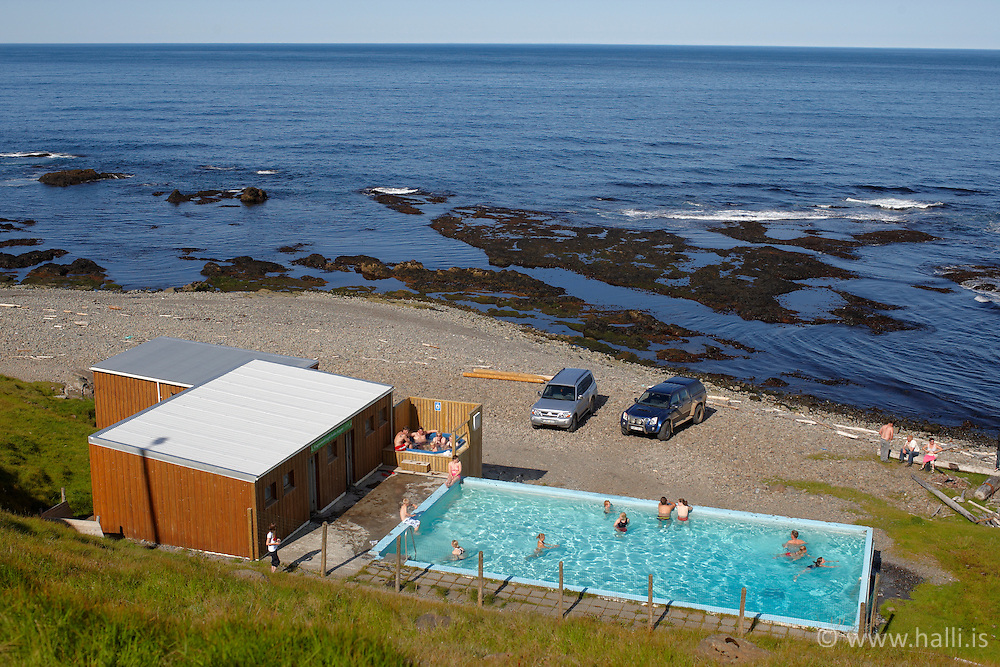 Swimmingpool at Krossanes, Iceland - Sundlaug, Krossaneslaug á Ströndum