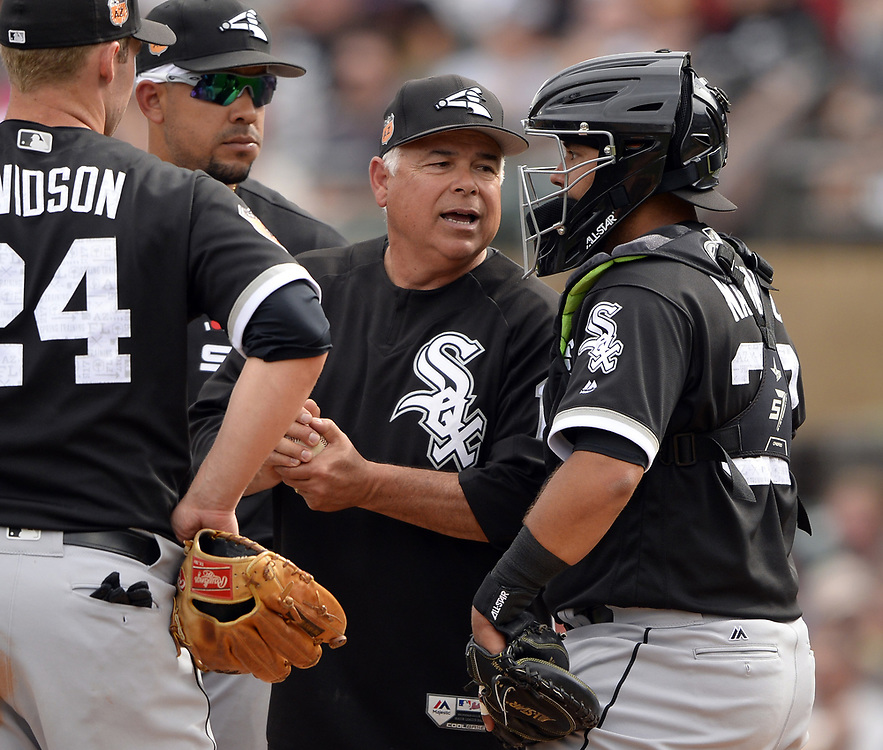 SCOTTSDALE, ARIZONA - MARCH 05:  Manager Rick Renteria #17 of the Chicago White Sox makes a pitching change during the spring training game against the Arizona Diamondbacks on March 5, 2017 at Salt River Fields at Talking Stick in Scottsdale, Arizona.  (Photo by Ron Vesely)   Subject:  Rick Renteria