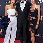 NLD/Utrecht/20181005 - L'OR Gouden Kalveren Gala 2018, Leopold Witte met zijn dochters Dorus Witte en Janna