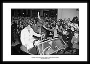 Vinneren av olympisk gull, Ronnie Delany kommer triumferende hjem 19 desember 1956. Irlands.mest kjente olympiske deltaker, og en av de beste sportsmenn i irsk historie.
