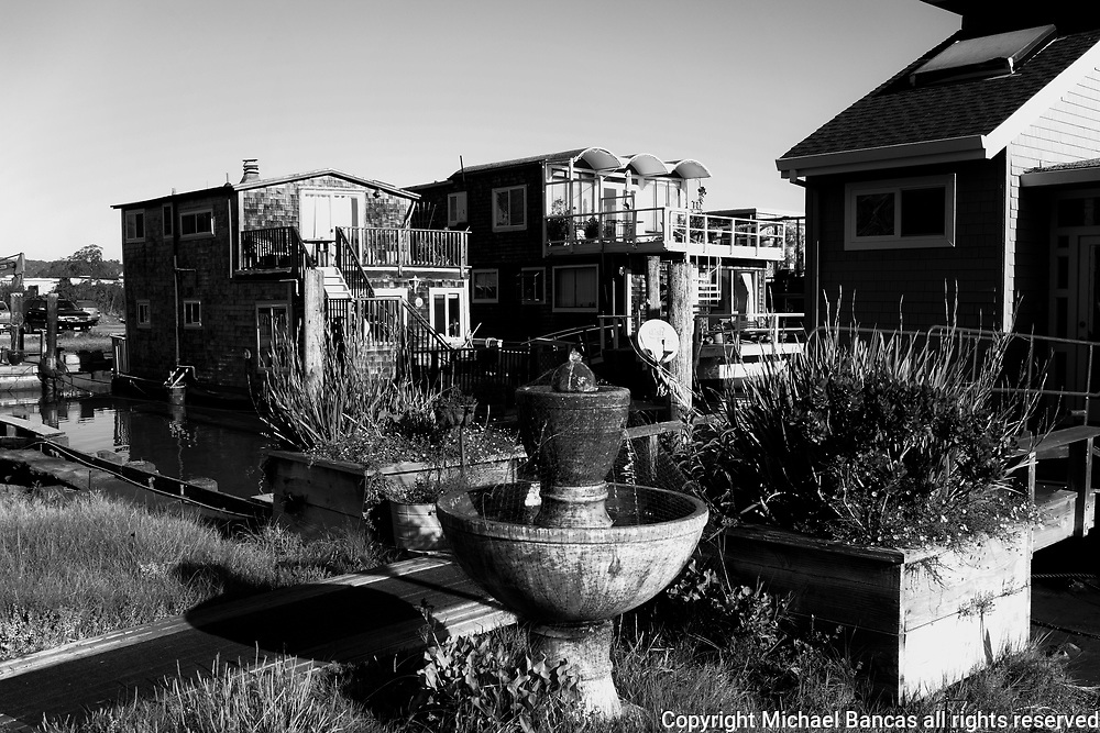 Houseboats on the bay in Richardson Bay in Sausalito
