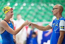 August 2, 2018 - Glasgow, UNITED KINGDOM - 180802 Sara Junevik of Sweden and coach Carl Jenner at a swimming practice session during the European Championships on August 2, 2018 in Glasgow..Photo: Joel Marklund / BILDBYRN / kod JM / 87764 (Credit Image: © Joel Marklund/Bildbyran via ZUMA Press)