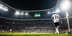 06.09.2013, Allianz Arena, Muenchen, AUT, FIFA WM Qualifikation, Deutschland vs Oesterreich, im Bild Marco Reus (GER) beim Eckball dahinter die Arena // during the FIFA World Cup Qualifier Match between Germany and Austria at the Allianz Arena, Munich, Germany on 2013/09/06. EXPA Pictures © 2013, PhotoCredit: EXPA/ Juergen Feichter