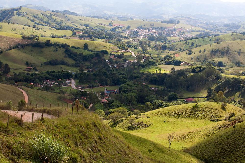 Corrego do Bom Jesus_MG, Brasil...Vista panoramica de Corrego do Bom Jesus...The panoramic view of Corrego do Bom Jesus...Foto: LEO DRUMOND / NITRO.....