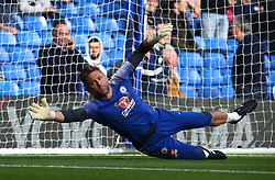 October 20, 2018 - London, England, United Kingdom - London, England - October 20: 2018.Robert Green of Chelsea during the pre-match warm-up .during Premier League between Chelsea and Manchester United at Stamford Bridge stadium , London, England on 20 Oct 2018. (Credit Image: © Action Foto Sport/NurPhoto via ZUMA Press)