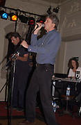 The Marquess of Worcester, Planet Potato, Bush Hall, 310 Uxbridge Rd. 17 June 2004. ONE TIME USE ONLY - DO NOT ARCHIVE  © Copyright Photograph by Dafydd Jones 66 Stockwell Park Rd. London SW9 0DA Tel 020 7733 0108 www.dafjones.com