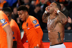 10-10-2019 NED: Netherlands - Northern Ireland, Rotterdam<br /> UEFA Qualifying round ­Group C match between Netherlands and Northern Ireland at De Kuip in Rotterdam / Memphis Depay #10 of the Netherlands scores 3-1