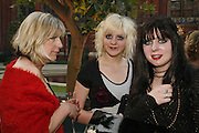 Anna Jones, Ruby Jones and Kat Jones , The Biba Ball in aid of CLIC Sargent. Victoria & Albert Museum, London. 11 May 2006.ONE TIME USE ONLY - DO NOT ARCHIVE  © Copyright Photograph by Dafydd Jones 66 Stockwell Park Rd. London SW9 0DA Tel 020 7733 0108 www.dafjones.com