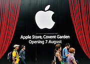LONDON UK. General views of hoardings surrounding Apple's new flagship London Store in London's Covent Garden, prior to its opening on 7th August 2010. 02 August 2010. STEPHEN SIMPSON