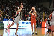 DESCRIZIONE : Schio Vicenza Lega A1 Femminile 2011-12 Coppa Italia Finale Cras Taranto Famila Wuber Schio <br /> GIOCATORE : raffaella masciadri<br /> CATEGORIA : tiro marketing lega basket femminile<br /> SQUADRA : Cras Taranto Famila Wuber Schio <br /> EVENTO : Campionato Lega A1 Femminile 2011-2012 <br /> GARA : Cras Taranto Famila Wuber Schio <br /> DATA : 18/03/2012 <br /> SPORT : Pallacanestro <br /> AUTORE : Agenzia Ciamillo-Castoria/M.Gregolin<br /> Galleria : Lega Basket Femminile 2011-2012 <br /> Fotonotizia : Schio Vicenza Lega A1 Femminile 2011-12 Coppa Italia Finale Cras Tanato Famila Wuber Schio <br /> Predefinita :