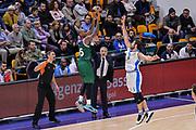DESCRIZIONE : Eurolega Euroleague 2015/16 Gir.D Dinamo Banco di Sardegna Sassari - Unicaja Malaga<br /> GIOCATORE : Jamar Smith<br /> CATEGORIA : Tiro Tre Punti Three Point Controcampo<br /> SQUADRA : Unicaja Malaga<br /> EVENTO : Eurolega Euroleague 2015/2016<br /> GARA : Dinamo Banco di Sardegna Sassari - Unicaja Malaga<br /> DATA : 10/12/2015<br /> SPORT : Pallacanestro <br /> AUTORE : Agenzia Ciamillo-Castoria/L.Canu