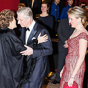 NLD/Amsterdam/20161129 - Staatsbezoek dag 2, contraprestatie Belgische koningspaar, Koning Filip en Koningin Mathilde begroeten prinses Margriet