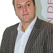NLD/Den Haag/20100906 - Start Alfabetiseringsweek met installatie forum A tot Z, Frans Bauer