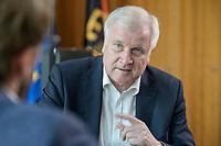 01 JUL 2019, BERLIN/GERMANY:<br /> Horst Seehofer, CSU, Bundesinnenminister, waehrend einem Interview, in seinem Buero, Bundesministerium des Inneren<br /> IMAGE: 20190701-01-013<br /> KEYWORDS: Büro