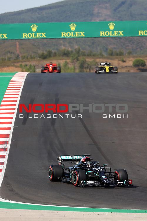 24.10.2020, Autódromo Internacional do Algarve, Portimao, FORMULA 1 HEINEKEN PORTUGUESE GRAND PRIX 2020,im Bild<br />Lewis Hamilton (GB#44), Mercedes-AMG Petronas F1 Team, Daniel Ricciardo (AUS#3), Renault DP World F1 Team, Sebastian Vettel (GER#5), Scuderia Ferrari<br /> <br /> Foto © nordphoto / Bratic