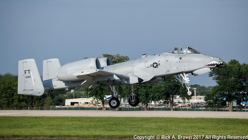 A-10 Thunderbolt II landing at Oshkosh 2017.
