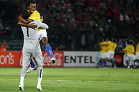 CHILE (0) vs. BRAZIL (3) in their World Cup 2010 qualifying soccer match in santiago de Chile. September 7, 2008<br /> Here Brazlian player KLEBER celebrating with GK JULIO CESAR the first goal<br /> © PikoPress