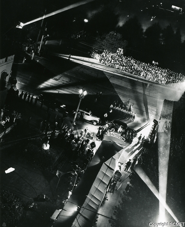 1937 Premiere at the Carthay Circle Theater