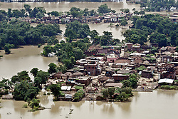 (170818) -- BIHAR, INDIA, Aug. 18, 2017 (xinhua) --  Aerial photo taken on Aug. 18, 2017 shows a flood-affected village at Champaran district, Indian eastern state of Bihar. The flood situation in India's eastern state of Bihar continues to be grim as more than 100 people have been killed and over 10 million affected, officials said Friday. (Xinhua/Stringer)(jmmn) (Photo by Xinhua/Sipa USA)