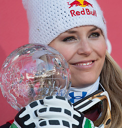 15-03-2012 SKIEN: FIS WORLD CUP 2012: SCHLADMING<br /> Lindsey Vonn of USA Worldcup Champion of Downhill Worldcup with downhill crystal globe during Downhill Worldcup winner ceremony of FIS Ski Alpine World Cup at Planai Stadium in Schladming<br /> **NETHERLANDS ONLY** <br /> ©2012-FotoHoogendoorn.nl/EXPA/Johann Groder