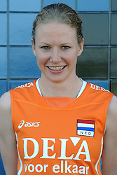 02-06-2010 VOLLEYBAL: NEDERLANDS VROUWEN VOLLEYBAL TEAM: ALMERE<br /> Reportage Nederlands volleybalteam vrouwen / Alice Blom<br /> ©2010-WWW.FOTOHOOGENDOORN.NL