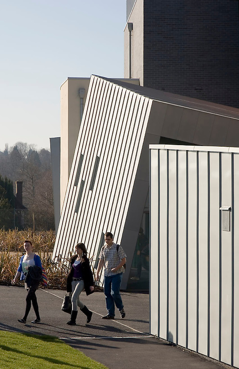 Lee Evans Architects (LEllp) Sussex College, Exterior View