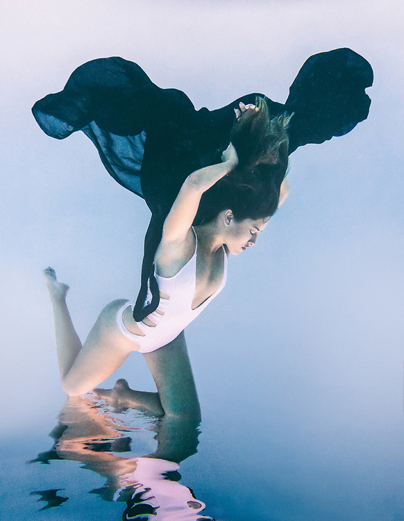 AQUALUNG Series featuring model Clementyne Vega. Underwater swim and fashion photography. ©justinalexanderbartels.com