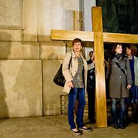 La Via Crucis contro la prostituzione